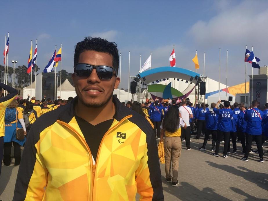 Chamado na Europa de CR7 do goalball, Leomon Moreno vibra por ser  porta-bandeira em Lima: