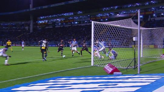 Assista aos gols de Avaí 1 x 1 Corinthians na Ressacada
