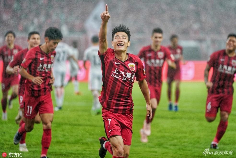 Wu Lei comemora gol do Shanghai SIPG — Foto: Reprodução Sina.com
