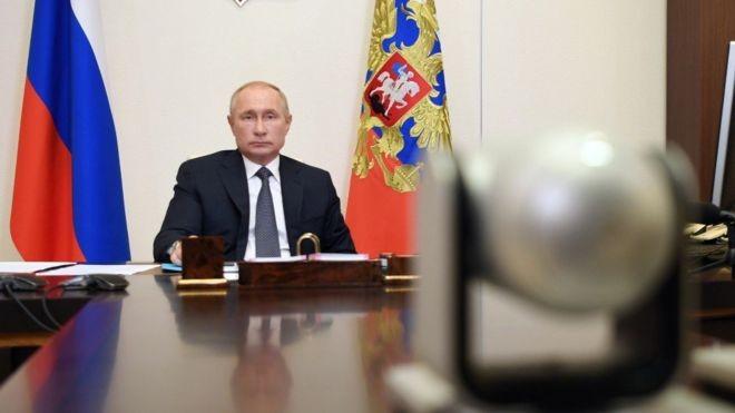 Rússia declara 20 funcionários da embaixada Tcheca em Moscou 'personas non gratas'