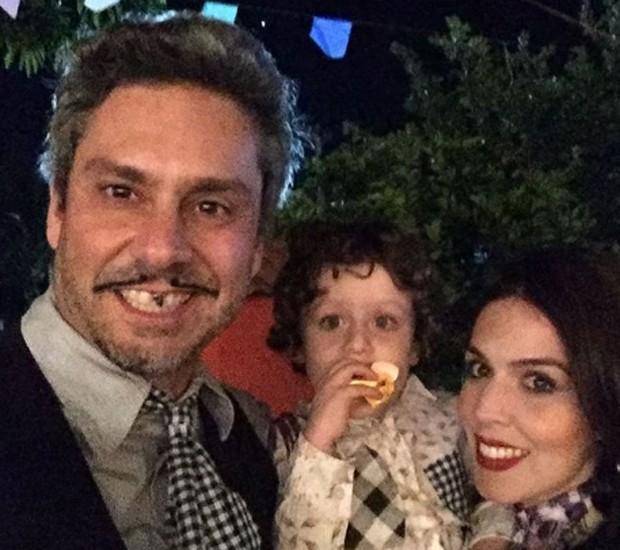 Alexandre Nero, Noá e Karen Brusttolin (Foto: Reprodução/Instagram)