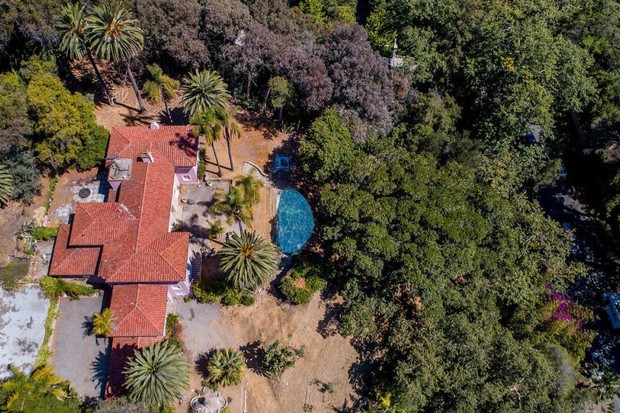 Irmão de Osama Bin Laden pede R$ 143 milhões por mansão em Los Angeles (Foto: Divulgação)