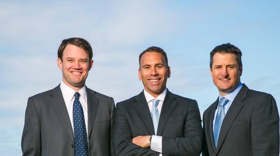 Da esquerda para a direita, Michael Blue, Christian Groh e Brendan Kennedy, da Tilray: negócio que vale bilhões (Foto: Divulgação)