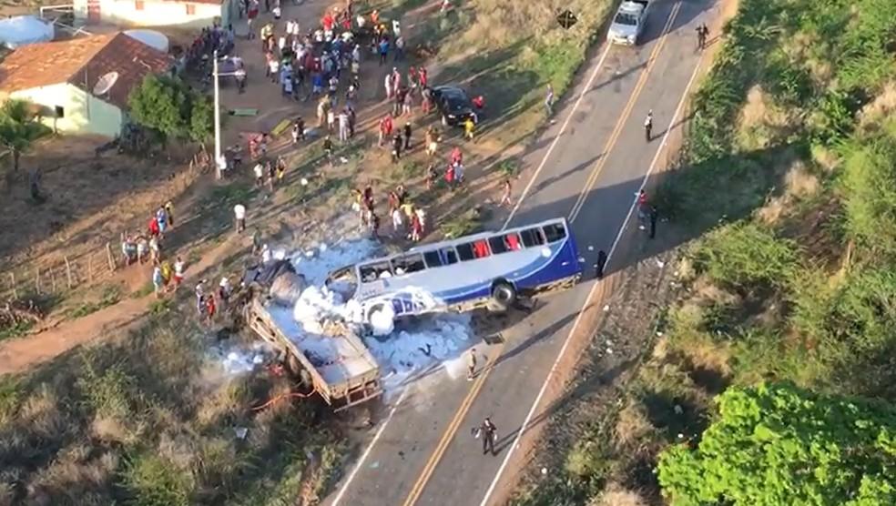 Secretaria da Segurança usa helicóptero para resgatar feridos em acidente em Campos Sales — Foto: SSPDS/Divulgação