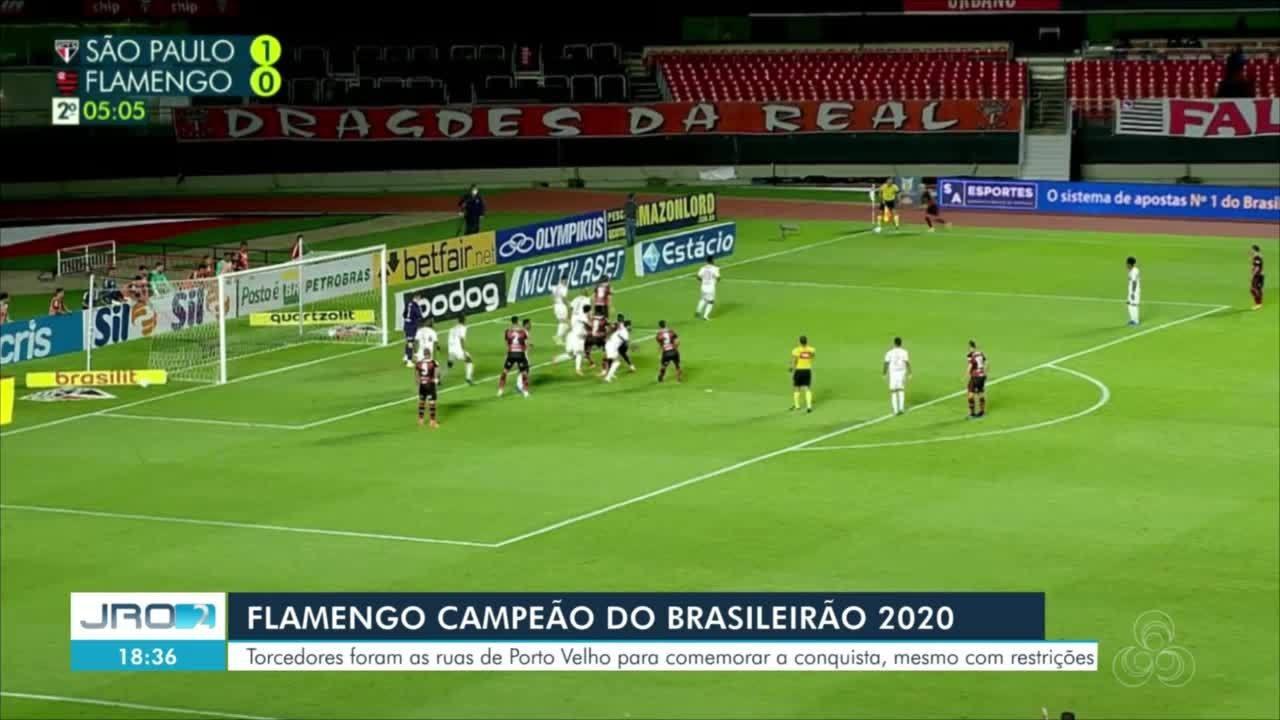 Torcedores fazem carreata após a final do Brasileirão em Porto Velho
