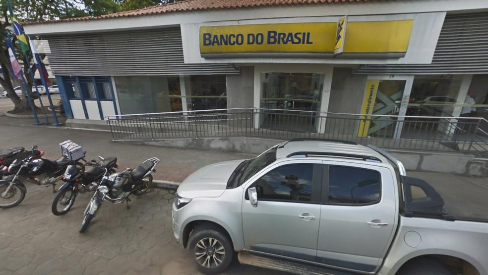 Funcionária de agência bancária é presa suspeita de integrar organização criminosa, no ES — Foto: Reprodução/Google