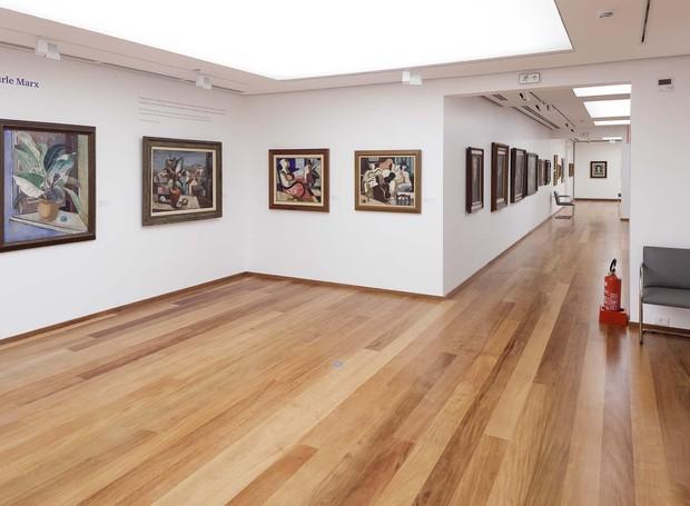 2.Sob a curadoria do arquiteto Lauro Cavalcanti, 10 artistas brasileiros criaram uma série de gravuras tendo a casa como tema. (Foto: Divulgação)