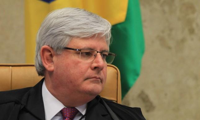 Fachin nega pedido de Temer para devolver denúncia à PGR