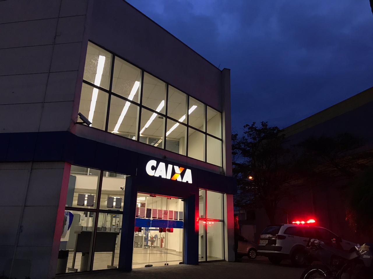 Agências da Caixa abrem no sábado para atender beneficiários do Auxílio Emergencial