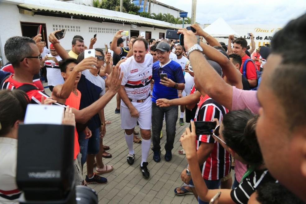 Rogério Ceni foi uma das grandes atrações da festa (Foto: Aílton Cruz/ Gazeta de Alagoas)