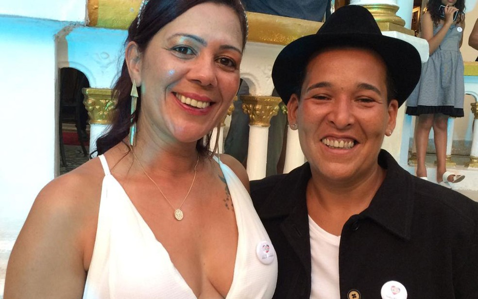 Casamento coletivo igualitário em São Paulo: Mirian do Vale e Annaluzia Nascimento — Foto: Marina Pinhoni/G1
