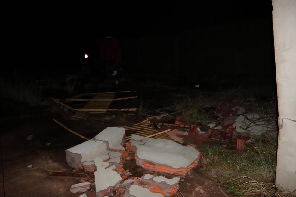 Defesa Civil está em contato com moradores que tiveram prejuízos com temporal em cidade de MS — Foto: Edinho Côrrea/Arquivo Pessoal