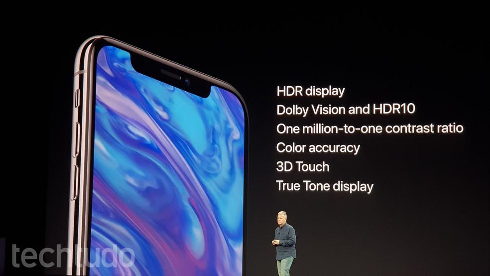 iPhone X tem tela Super Retina (Foto: Thássius Veloso/TechTudo)