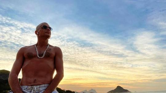 Fabio Assunção diz que está mais espiritualizado na quarentena: 'Indo para um lugar de me encantar com a vida'