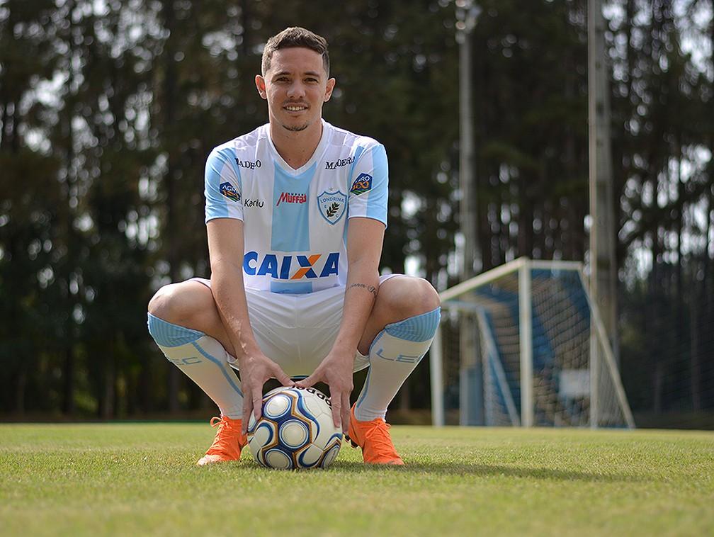 580580f09c ... Fernando Júnior reforça lateral esquerda do Londrina — Foto  Gustavo  Oliveira  Londrina Esporte Clube