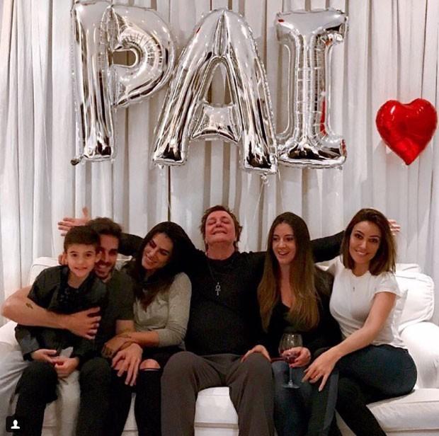 Fávio Jr com os filhos (Foto: Instagram/Reprodução)