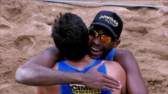 Evandro e André se impõem na base da força e são campeões da etapa de Itapema