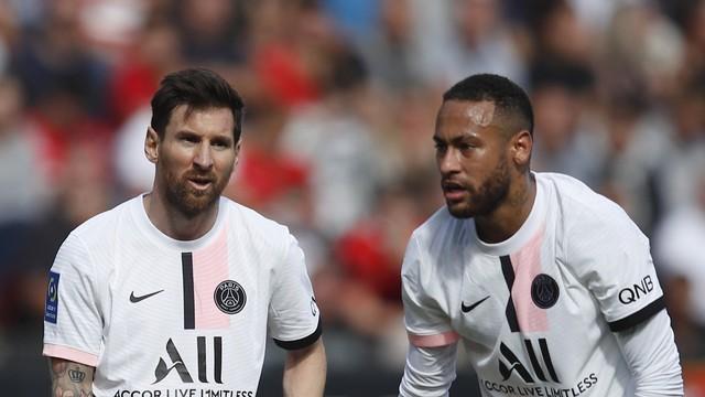 Messi e Neymar atuaram juntos mais uma vez neste domingo