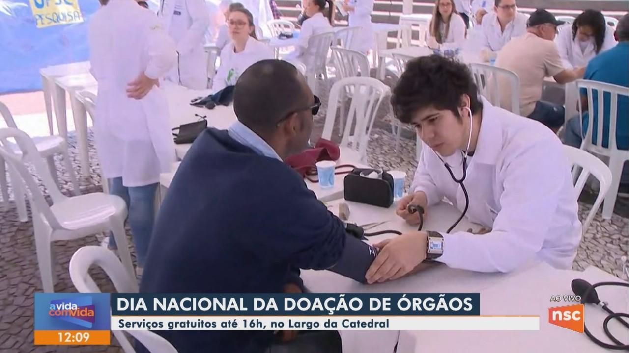 Ações de conscientização celebram Dia Nacional da Doação de Órgãos em Florianópolis