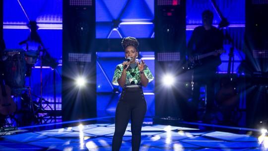 Winnie está no Time Teló, conheça a participante do 'The Voice Brasil'