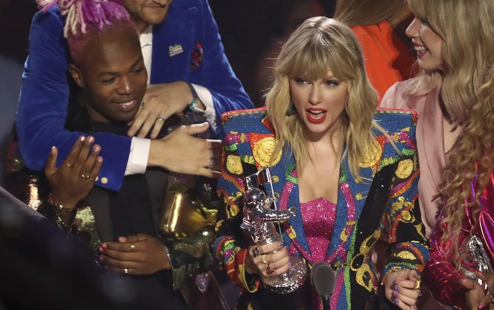VMA 2019: Ariana Grande é eleita Artista do Ano e Taylor Swift ...