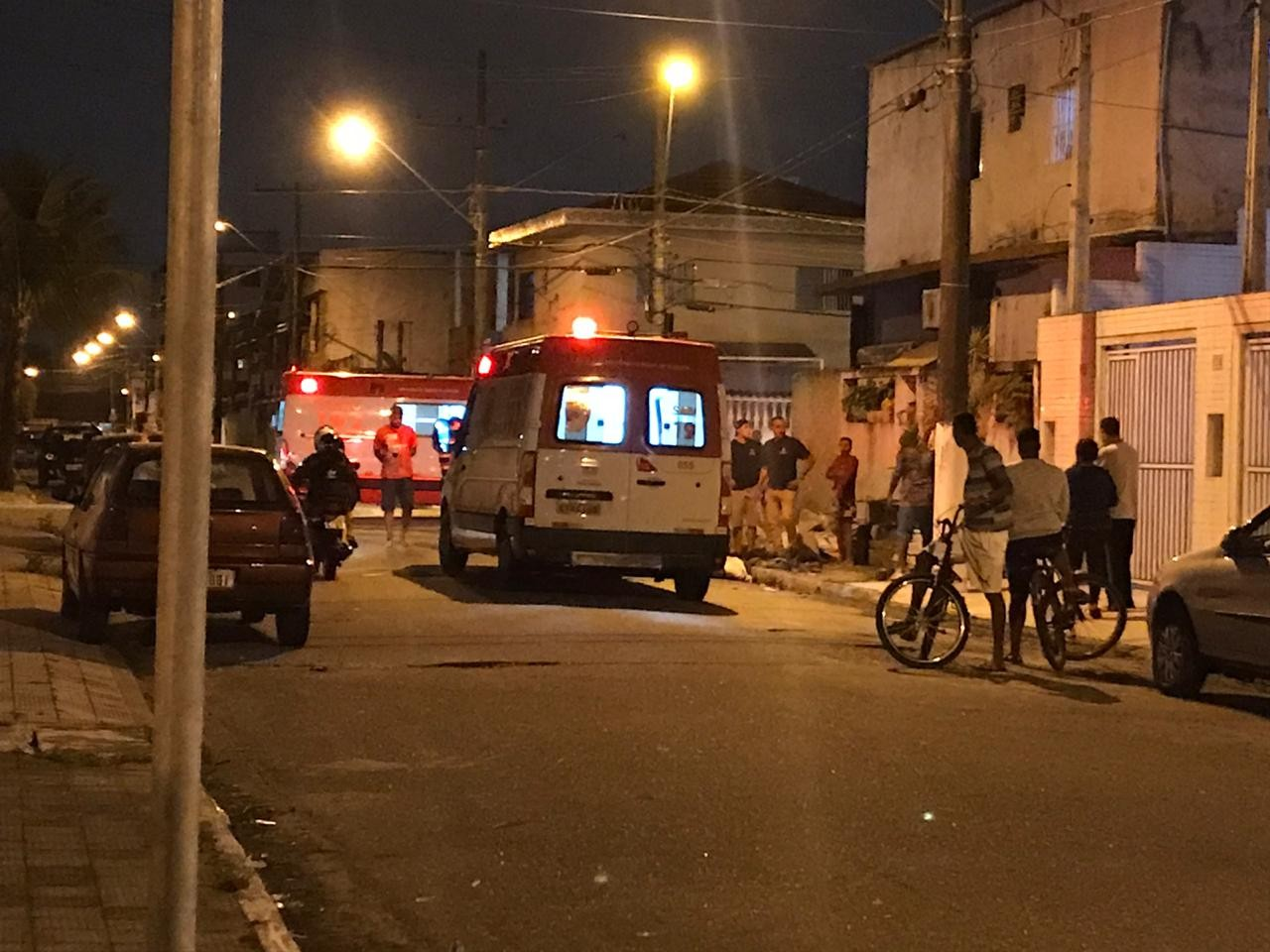 Homem morre após telhado quebrar e despencar durante conserto em SP: 'Parecia batida de carro'