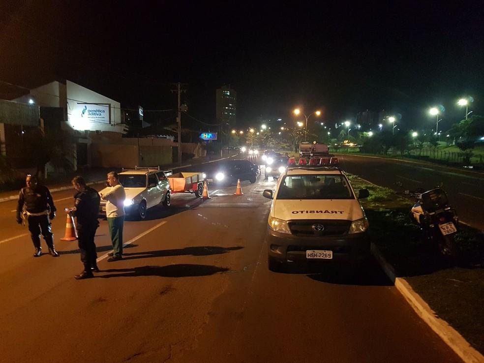 Blitz da BPTran na avenida Via Parque, em Campo Grande (Foto: BPTran/Divulgação)