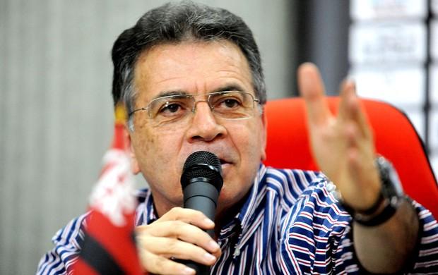 Paulo Pelaipe mira Corinthians e crê em Flamengo melhor já em 6 meses