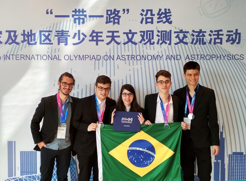 Brasil vence quatro medalhas em Olimpíada Internacional de Astronomia