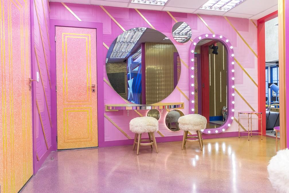 O banheiro do 'BBB21' ganhou ares de camarim — Foto: Fábio Rocha/Globo