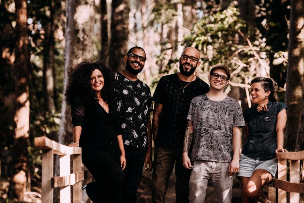Haynna & Os Verdes — Foto: Thaís Mallon