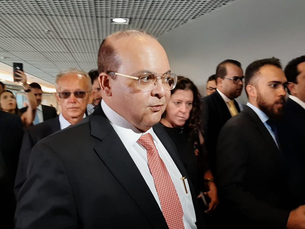 Ibaneis chega para primeira sessão do ano na CLDF — Foto: Afonso Ferreira/G1