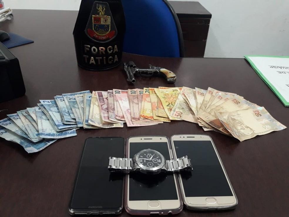 Produtos roubados foram apreendidos por equipes da Força Tática em Mongaguá, SP — Foto: Divulgação/Força Tática