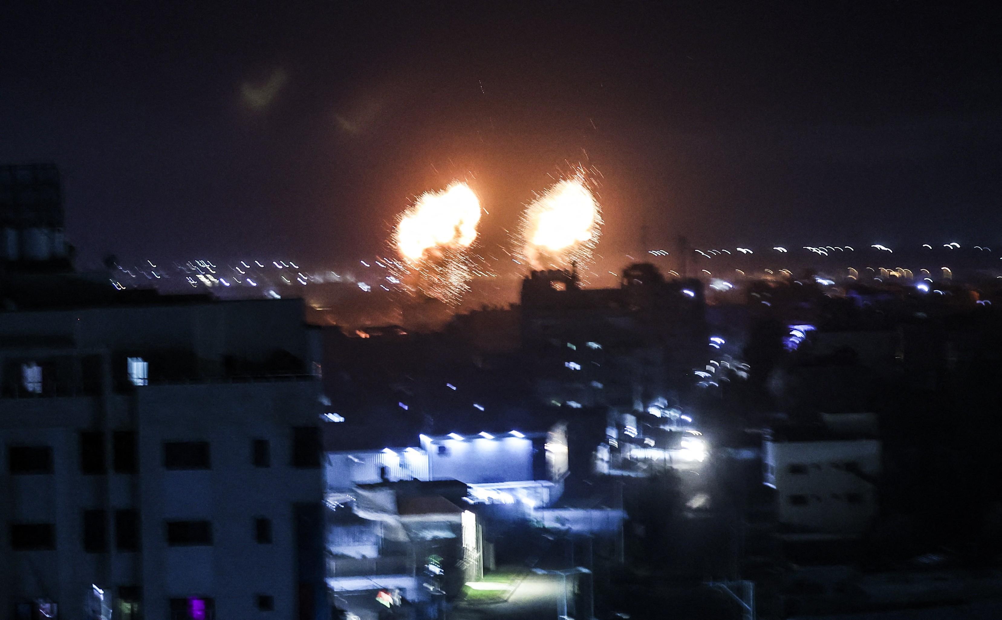 Faixa de Gaza registra novos bombardeios; Israel fala em retaliação contra bases do Hamas