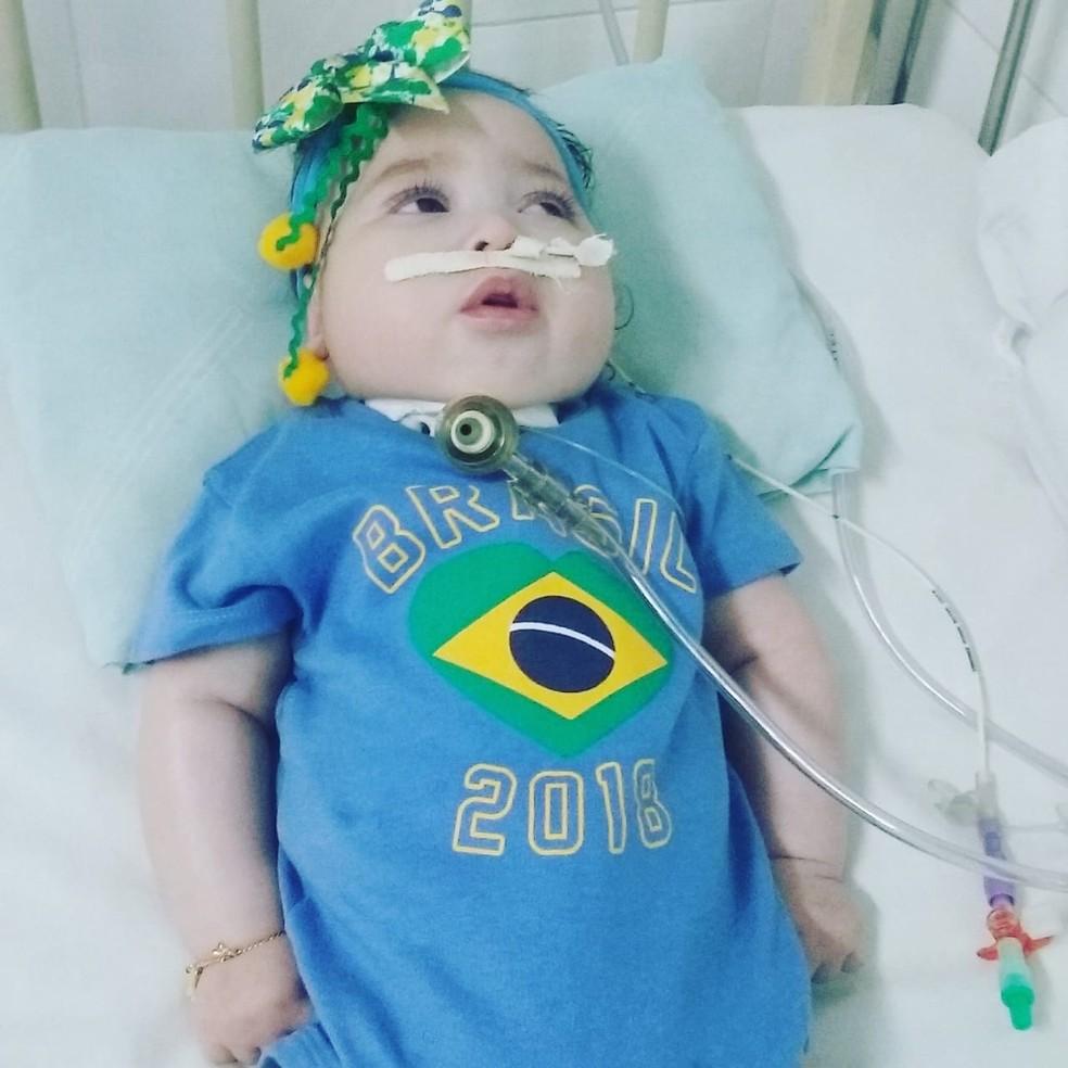 Sophia Victoria sofreu uma paralisia cerebral que deixou sequelas. (Foto: Josis Meng)