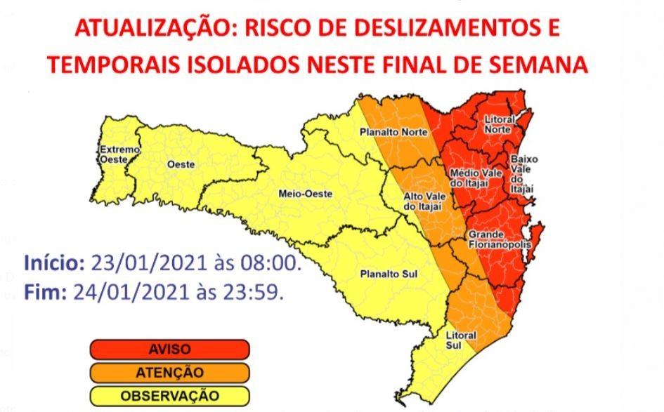 Chuvas em Santa Catarina: Defesa Civil mantém alerta para faixa Leste do estado