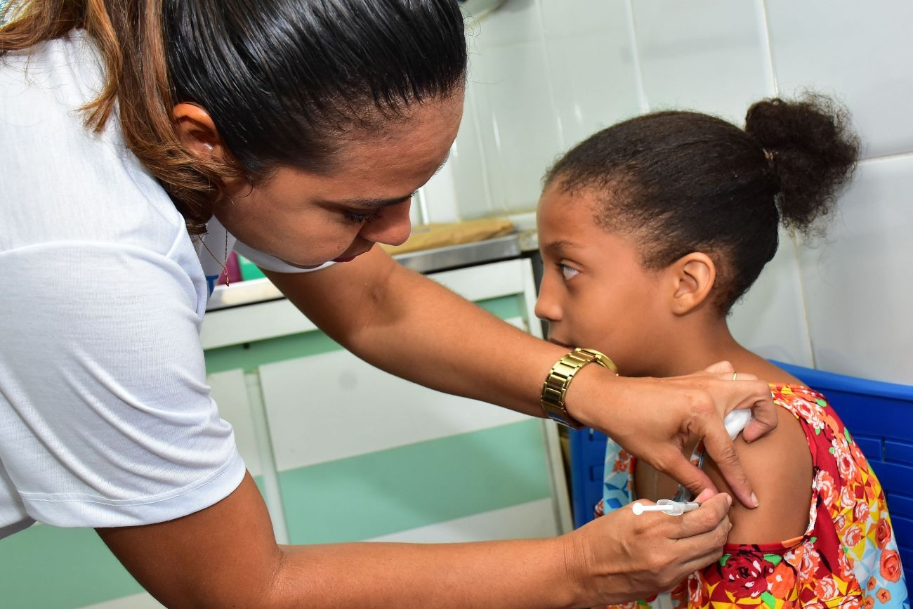 Vacinação contra H1N1 para o público-alvo com iniciais G, H e I começa nesta segunda (25)