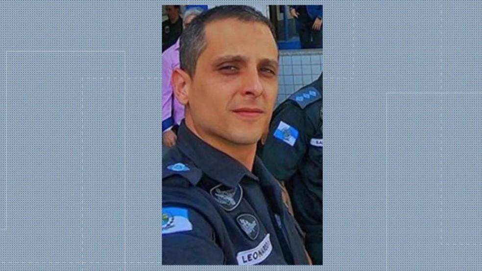 O policial militar Leonardo Magalhães Gomes da Silva, o Capitão Leo, é o principal alvo da operação realizada contra uma narcomilícia na Zona Oeste do Rio — Foto: Reprodução