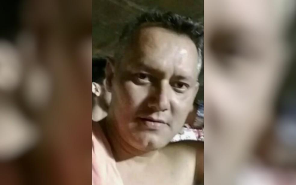 Jean Carlos morreu no motel após briga com a namorada, em Aparecida de Goiânia (Foto: TV Anhanguera/Reprodução)