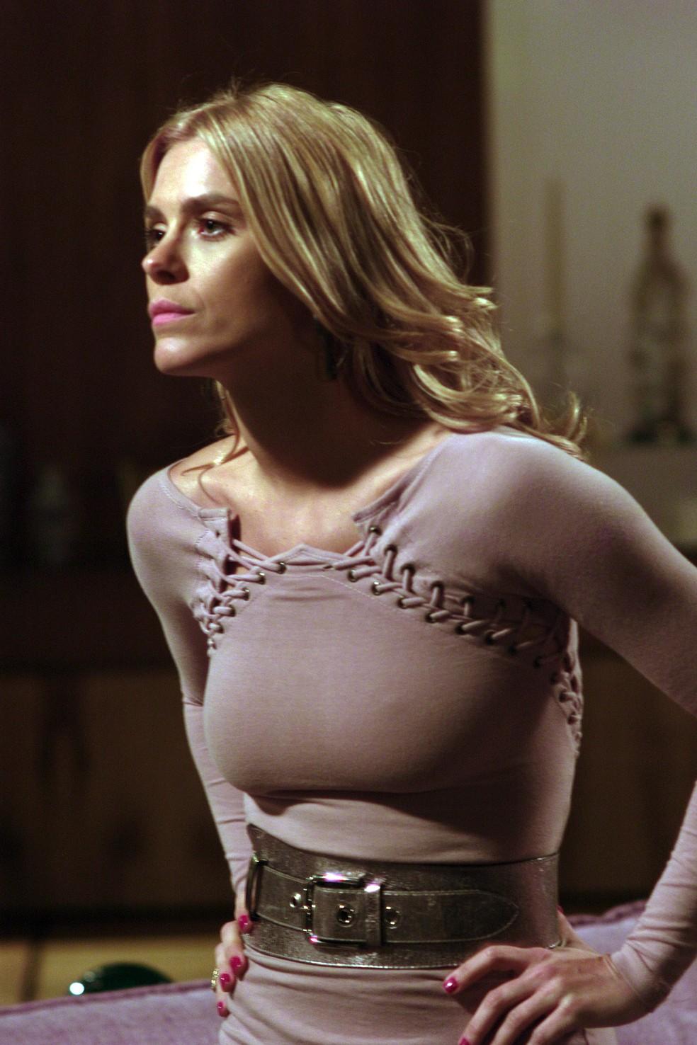 Carolina Dieckmann como Teodora: 'Foi minha única periguete' — Foto: Zeca Guimarães/Globo
