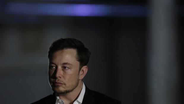 """""""Elon Musk tem que encontrar tempo para si mesmo"""", afirmou Richard Branson em entrevista (Foto: Joshua Lott/Getty Images)"""