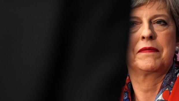 Primeira-ministra britânica, Theresa May, em Maidenhead: o Partido Conservador perdeu maioria no Parlamento (Foto: Toby Melville/Reuters)