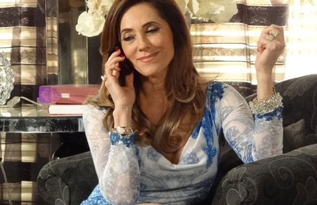 Christiane Torloni viveu a vilã Tereza Cristina, uma mulher fútil e cheia de preconceitos. Herdeira de uma fortuna, ela era casada com René e mãe de Patrícia e René Jr. (Foto: TV Globo)