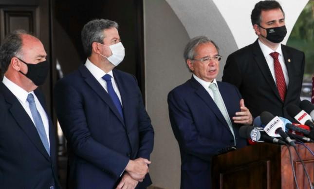 Paulo Guedes, Arthur Lira e Rodrigo Pacheco, após reunião para discutir a PEC dos Precatórios