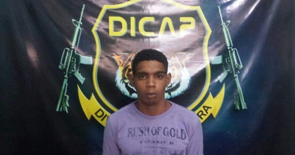 -  Fábio de Matos Pereira, conhecido como 'Acerola', estava pendurado por uma corda improvisada na grade de uma cela quando foi encontrado por agentes e
