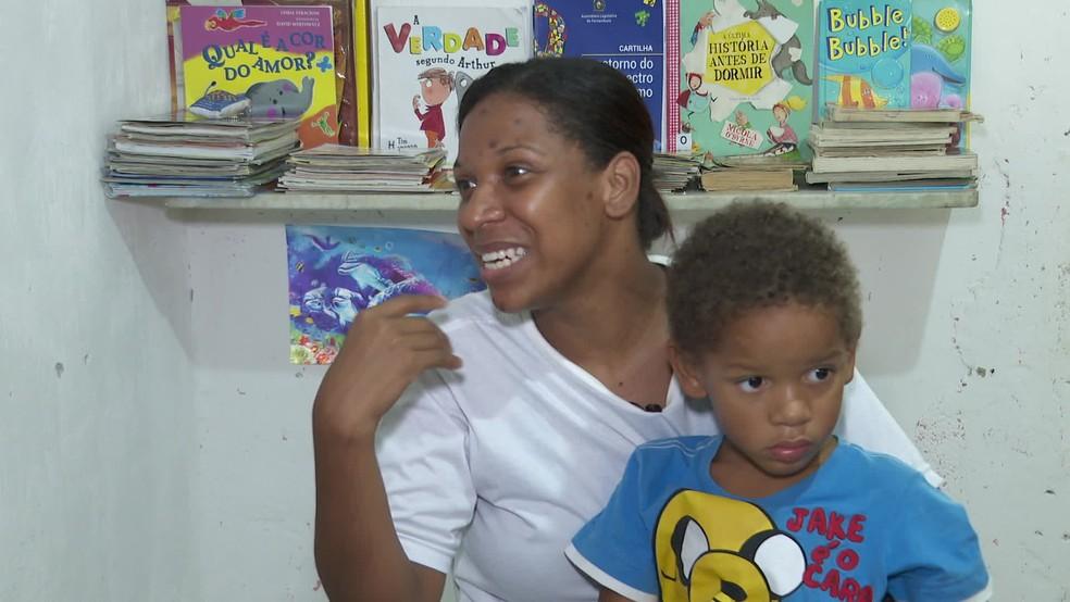 Segundo Jéssica, filhos dependem de laudo psiquiátrico para ter acesso aos direitos previstos por lei — Foto: Reprodução/TV Globo