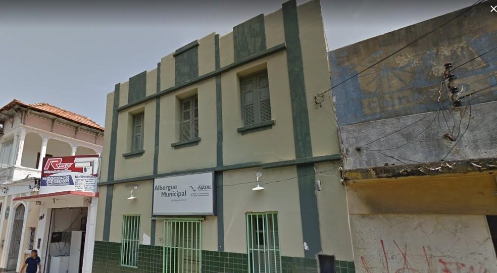Antigo Hotel Central de Natal, antigo Albergue da Prefeitura de Natal, Ocupação Pedro Melo MLB Ribeira Rua Câmara Cascudo — Foto: Google Street View