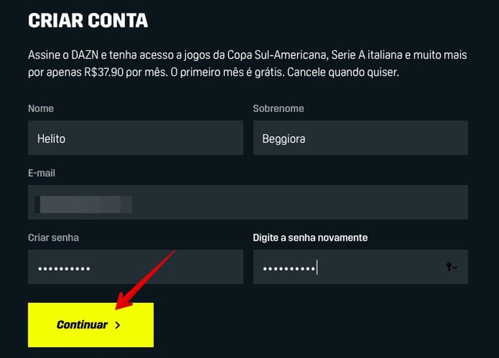 Forneça os seus dados pessoais para se cadastrar no Dazn — Foto: Reprodução/Helito Beggiora
