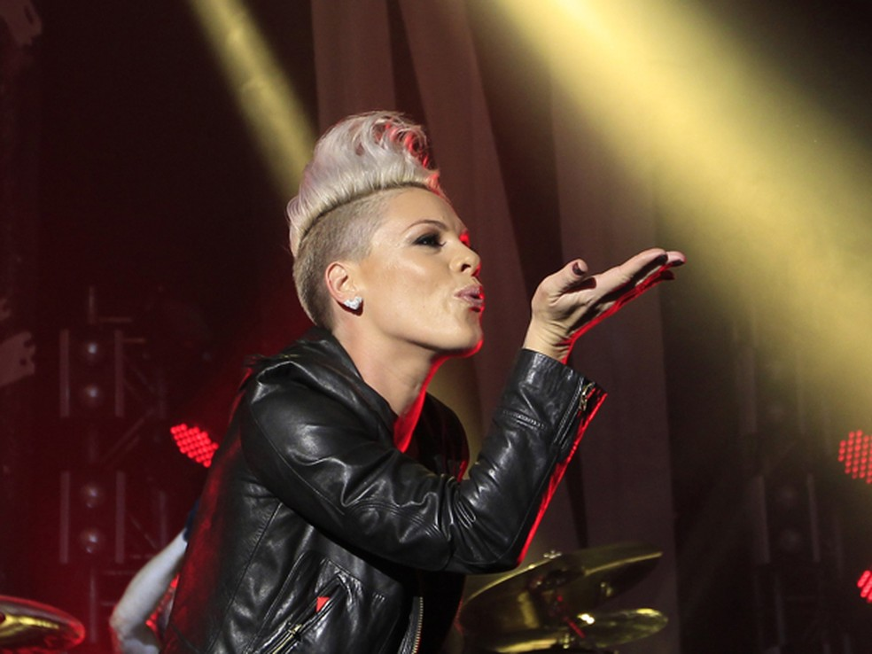 A cantora americana Pink (Foto: Reuters/Michaela Rehle)