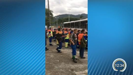 Operários da obra do contorno e da Tamoios entram em greve no litoral norte, diz sindicato